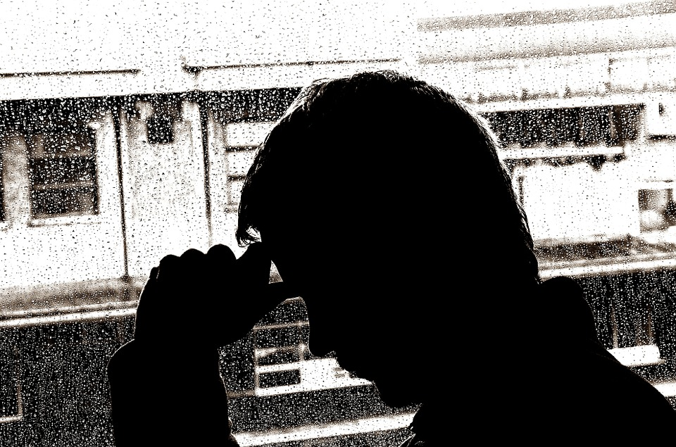 depresia, silueta