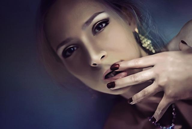Farba nechtov vás ovplyvňuje