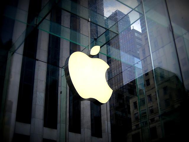 Apple sa pripojila k projektu Google, Facebook a Twitter v projekte zdieľania údajov
