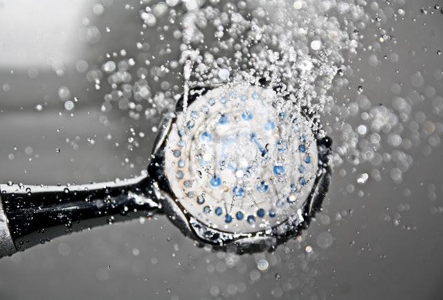 Pustená sprcha